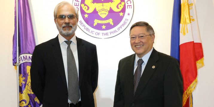Finance Secretary Carlos G. Dominguez with Pakistani Ambassador Safdar Hayat