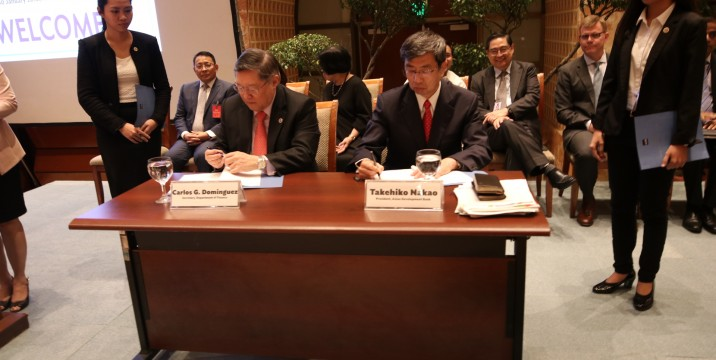 The Philippines (DOF Secretary Carlos Dominguez) and the Asian Development Bank (President Takehiko Nakao) signed Loan Agreement