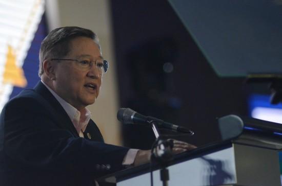 Sec. Carlos Dominguez III